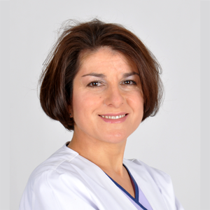 Josefina Vazquez Garcia Ortodoncia invisible Invisalign. Recas Daganzo Villanueva Azuqueca